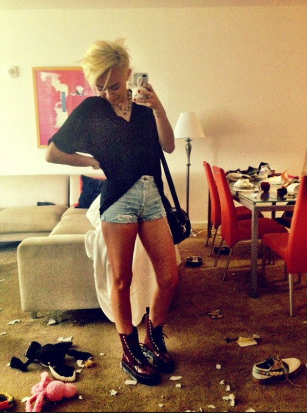 Miley Cyrus twitter messy house