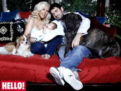 Christina Aguilera and family