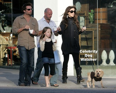 Kate Beckinsale and family