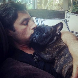 zach braff french bulldog scooter