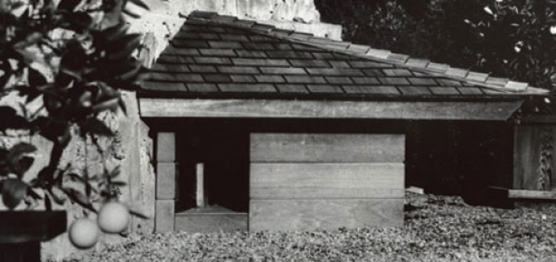 frank lloyd wright dog house