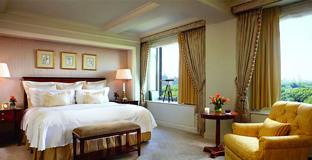ritz carlton room